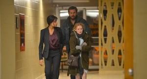 Ryan Reynolds junto a Mireille Enos y Rosario Dawson en 'The captive'