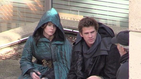 Jennifer Lawrence y Liam Hemsworth en la nueva entrega de 'Los juegos del hambre'