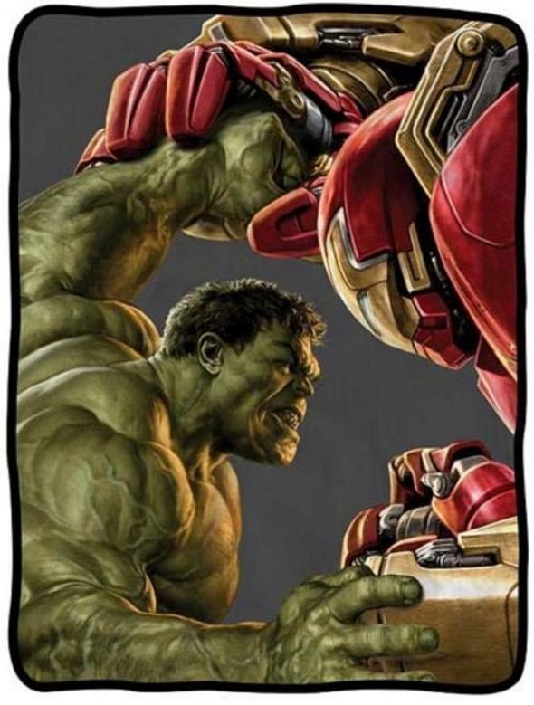 Hulk se enfrenta a Iron Man en el nuevo arte de 'Los Vengadores: la era de Ultrón'
