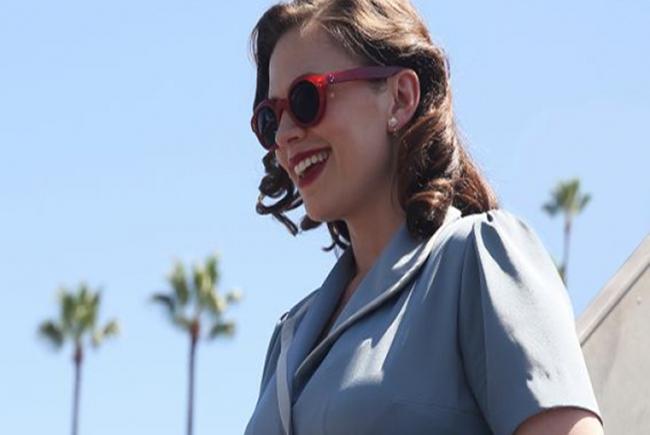 Hayley Atwell es la Agente Carter destacada