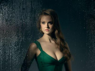 Maggie Geba como Poison Ivy en Gotham destacada