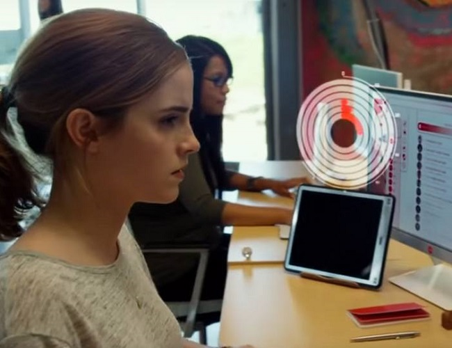 Emma Watson y Tom Hanks en el primer tráiler de 'El Círculo'