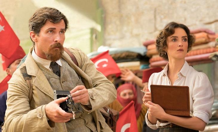 Christian Bale y Charlotte Le Bon en 'The promise'